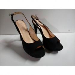 Zapatos negros LXA