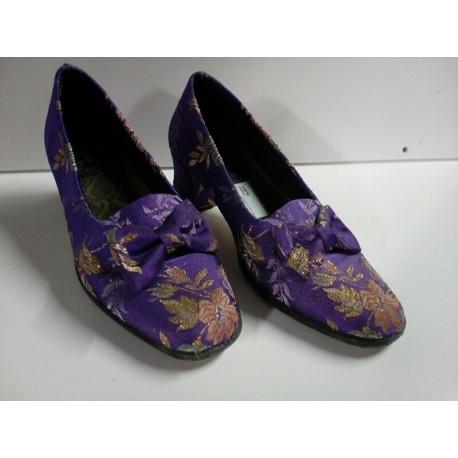 Zapatos fallera morados