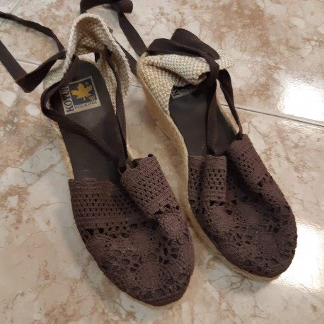Sandalias con cuña Kour