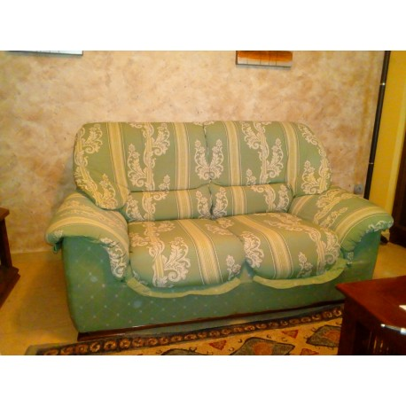 Juego 2 sofás verdes.