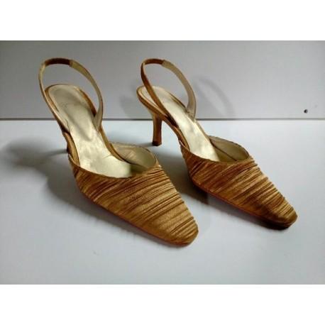Zapatos dorados Marian